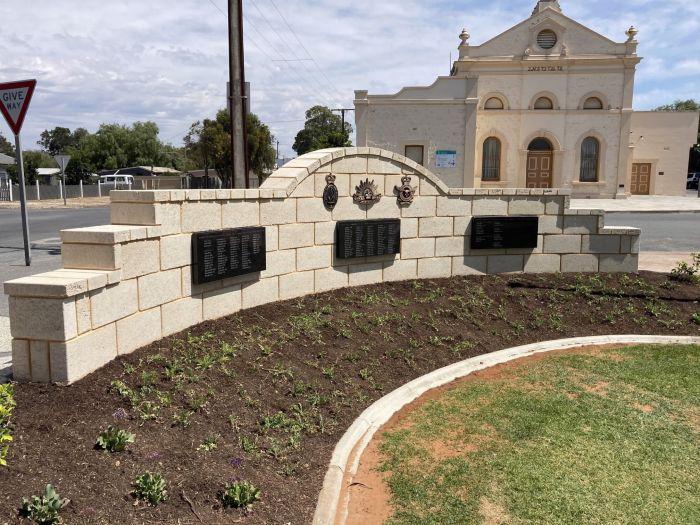 Milang Memorial Wall Pic 2 13 Nov 20